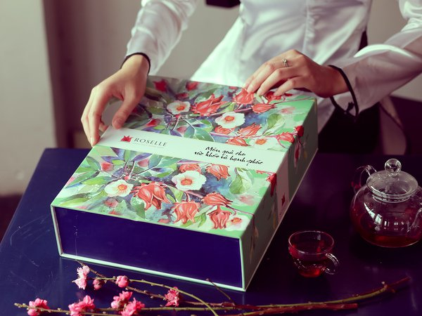 Việt In sản xuất hộp quà tết cao cấp uy tín, giá rẻ