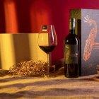In hộp giấy đựng rượu làm quà tặng khách hàng, đối tác